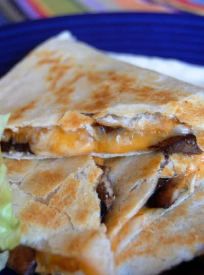 Meatless Mondays #4 {Taco Bell Quesadilla}
