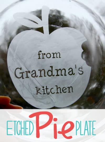 Personalized Pie Plates #PiDayPieParty