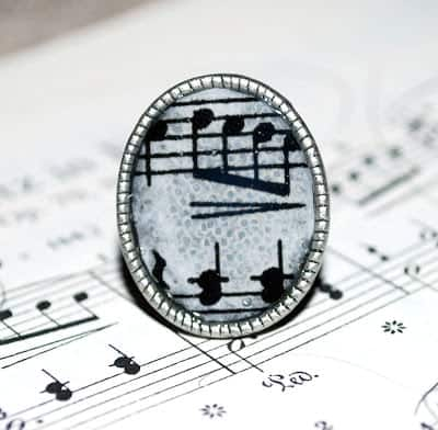 Guest Post: Dimensional Magic Sheet Music Ring with Amy of One Artsy Mama