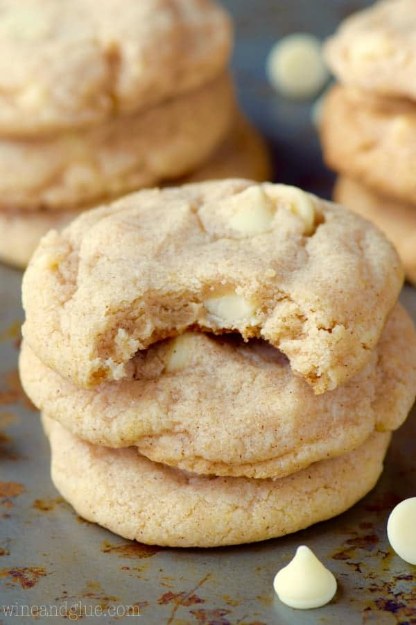 Cinnamon Roll Cheesecake Cookies