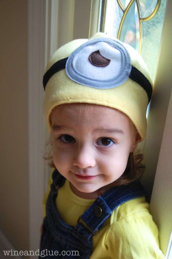 This Minion Costume is so easy to make! The perfect homemade Halloween costume, with simple instructions to sew a Minion hat!