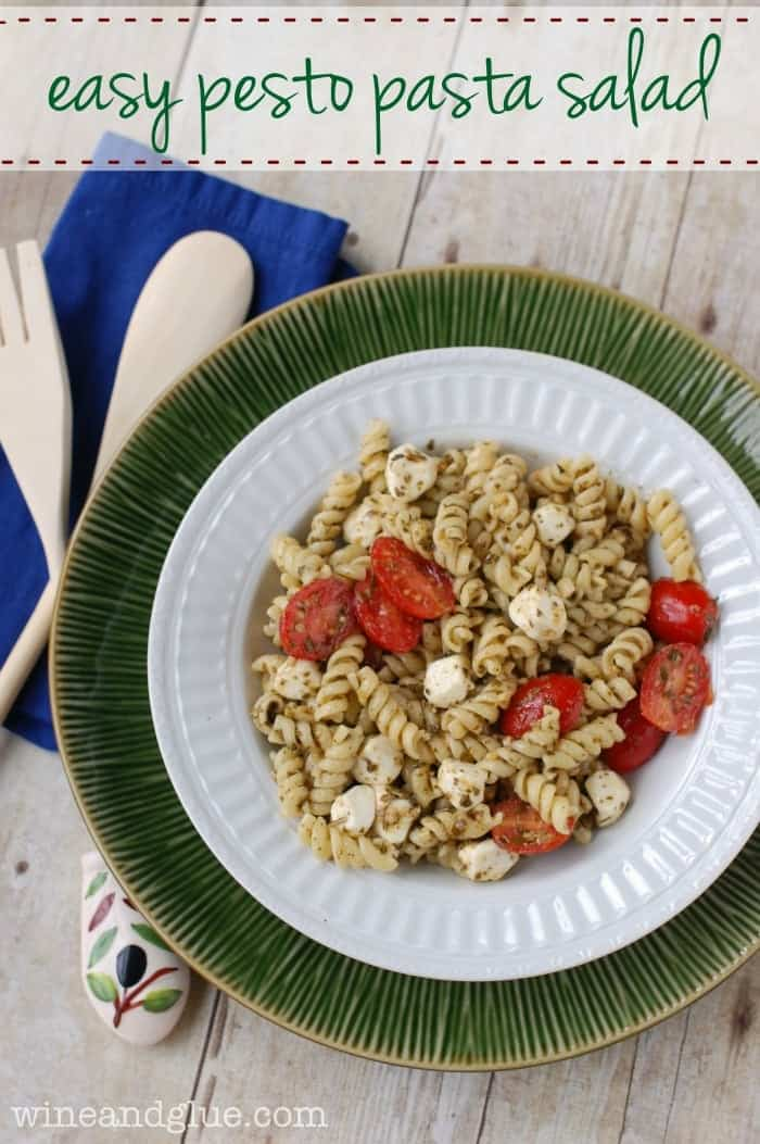Easy Pesto Pasta Salad | This pasta salad is so easy and so delicious, it's perfect for a big family get together!  via www.wineandglue.com