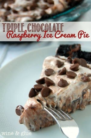 chocolate_raspberry_ice_cream_pie
