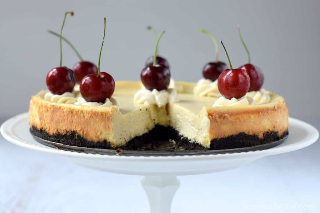 Vanilla Bean Cheesecake that is sweet, creamy, and delicious with the perfect vanilla kick