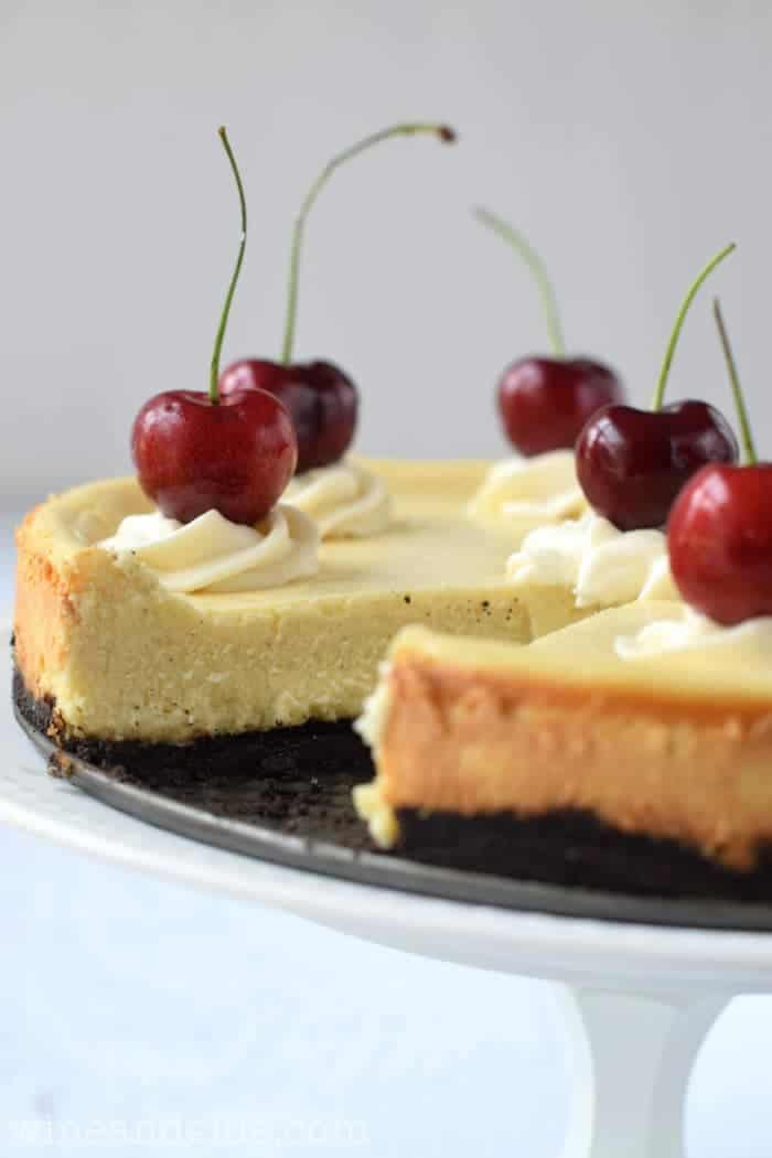 Vanilla Bean Cheesecake that is sweet, creamy, and delicious with the ...