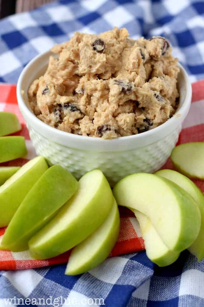 oatmeal_raisin_cookie_dough_dip_2