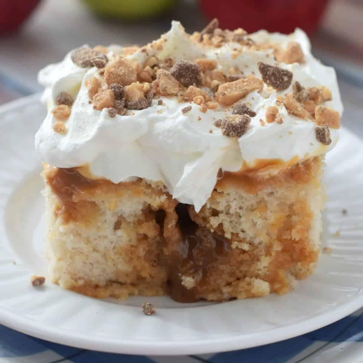 How Do You Make A Poke Cake