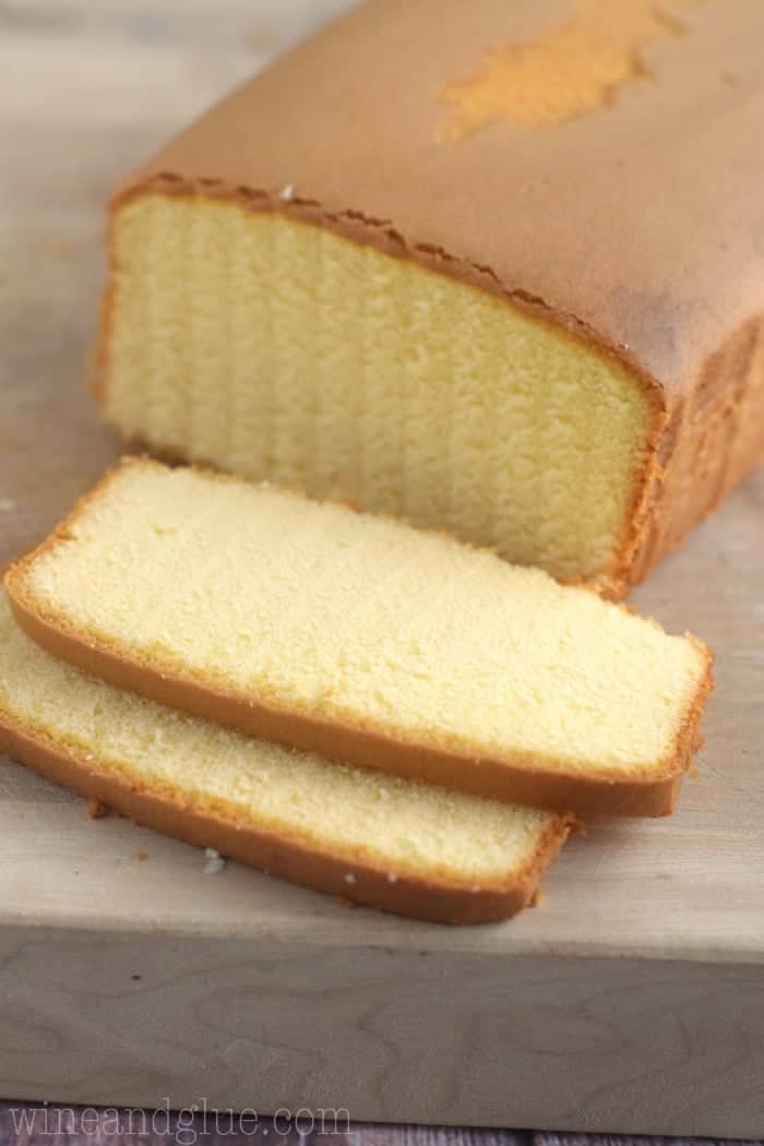 What Kind Of Cake Is Used For Petit Fours