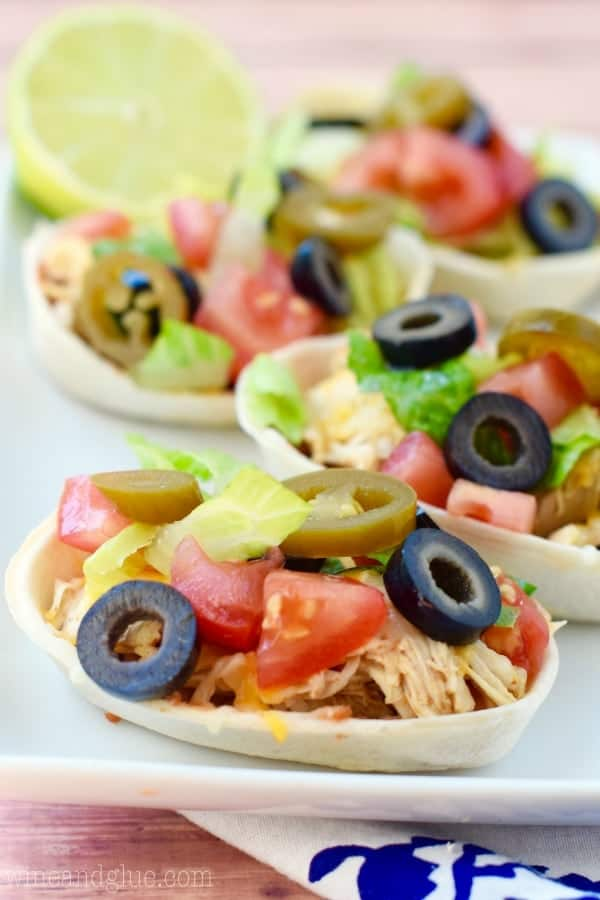 These Easy Cheesy Taco Boats are absolutely perfect as a quick weeknight dinner or a fun game day appetizer.