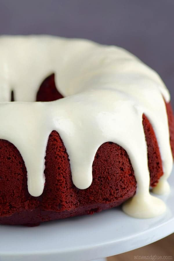 red_velvet_sour_cream_bundt_cake_4