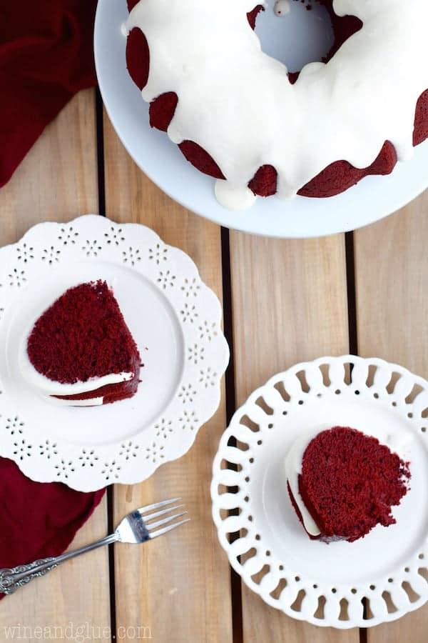 red_velvet_sour_cream_bundt_cake_7