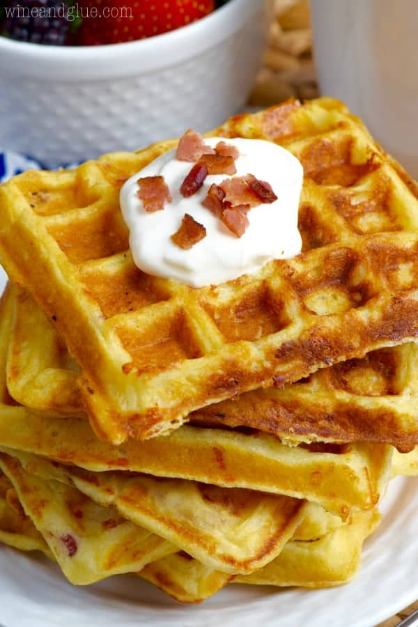These Bacon Cheddar Sour Cream Waffles are the PERFECT breakfast ...