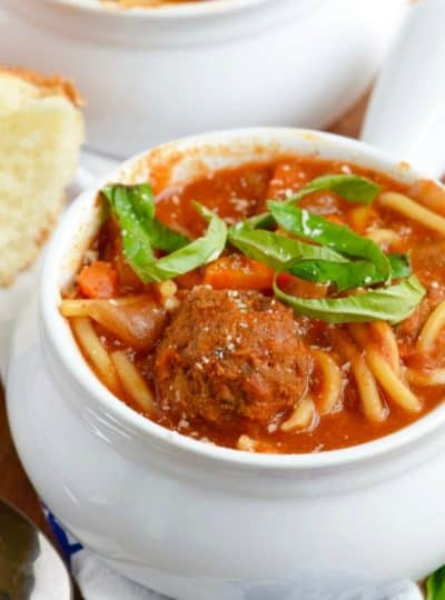 Slow Cooker Spaghetti and Meatball Soup