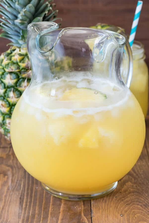easy-pineapple-party-punch-8-of-8