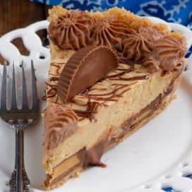 Peanut Butter Cup Pie by Wine & Glue