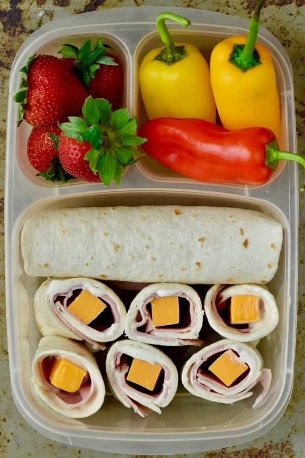 This Turkey Cheddar Ranch Roll Up makes such a delicious easy lunch box