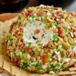 This Olive Cheeseball is addictive!