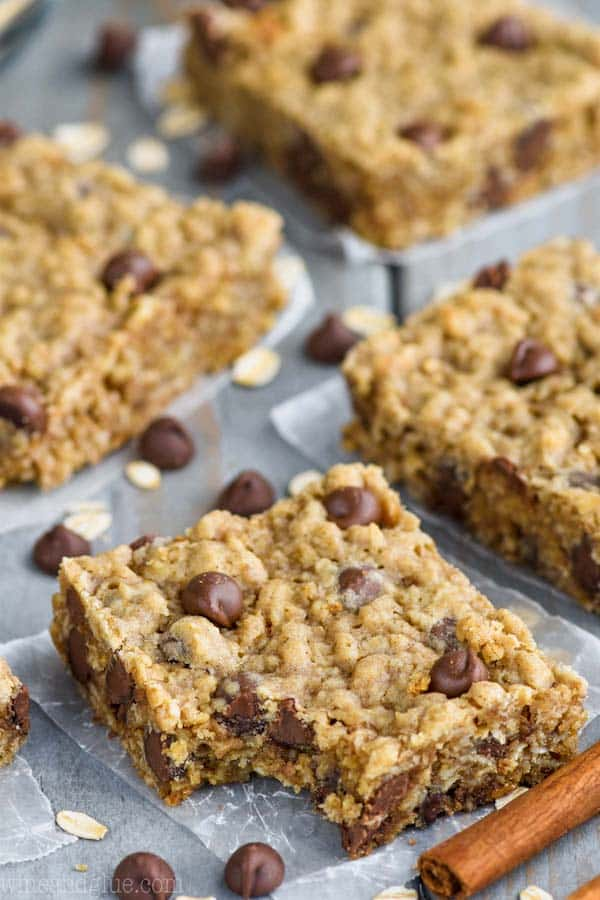 Oatmeal Chocolate Chip Bars