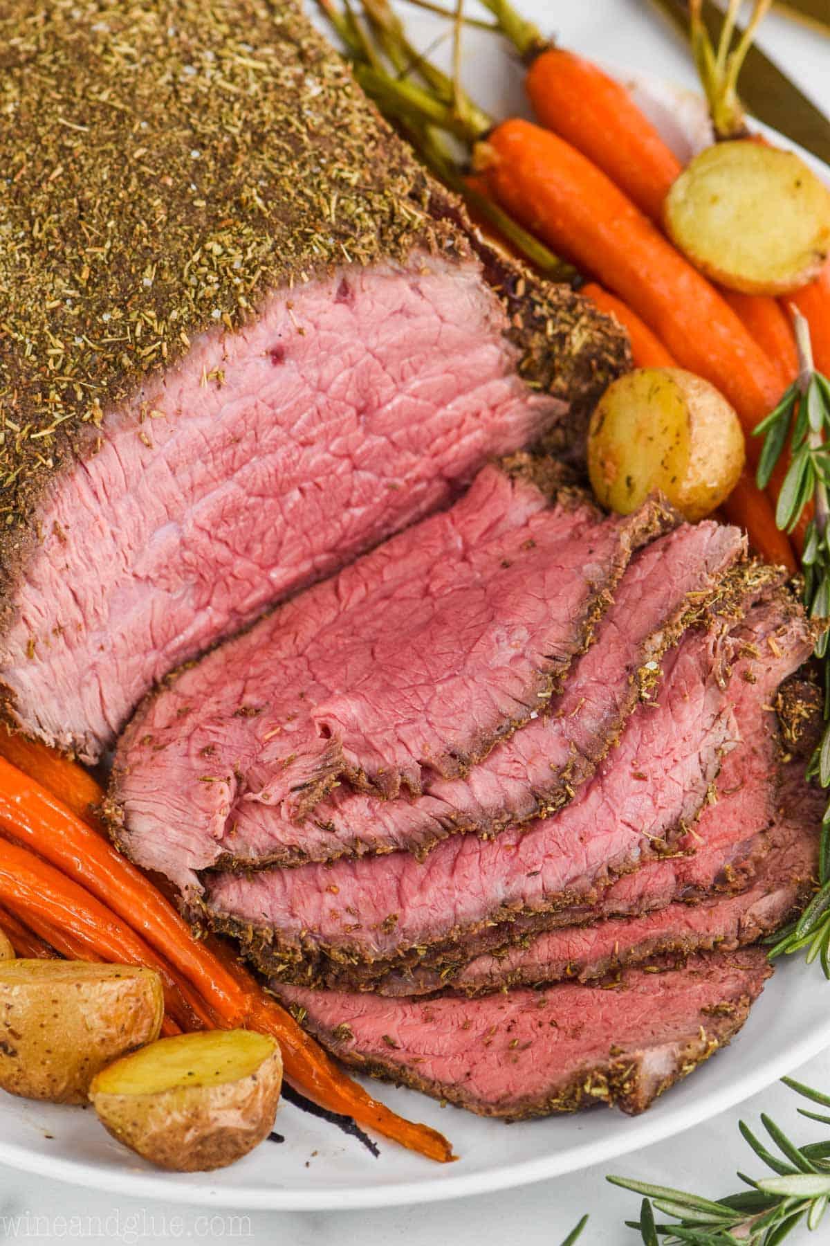 Top Round Roast Beef Recipe - Wine & Glue