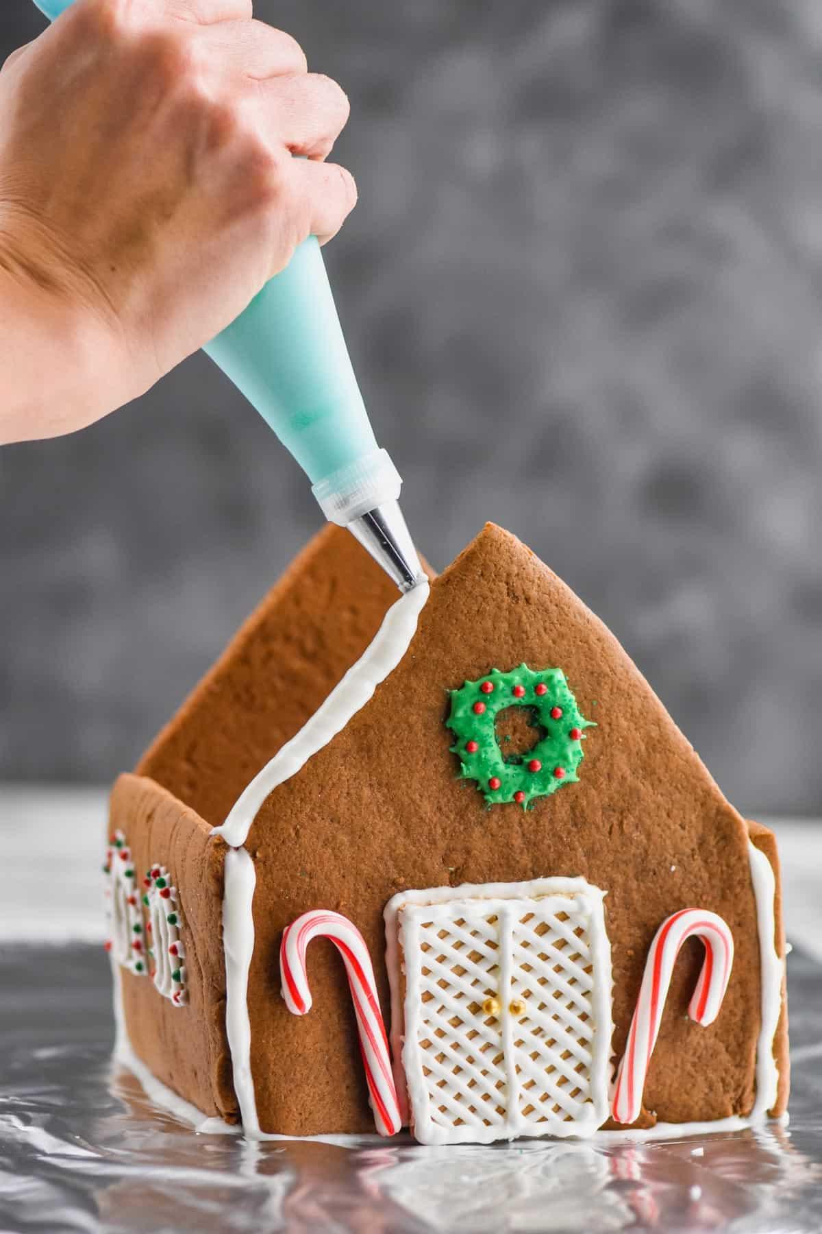 Gingerbread House Icing Wine Glue