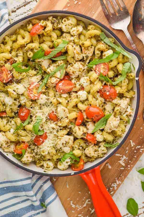 Skillet Chicken Pesto Pasta