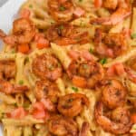 close up of creamy cajun shrimp pasta