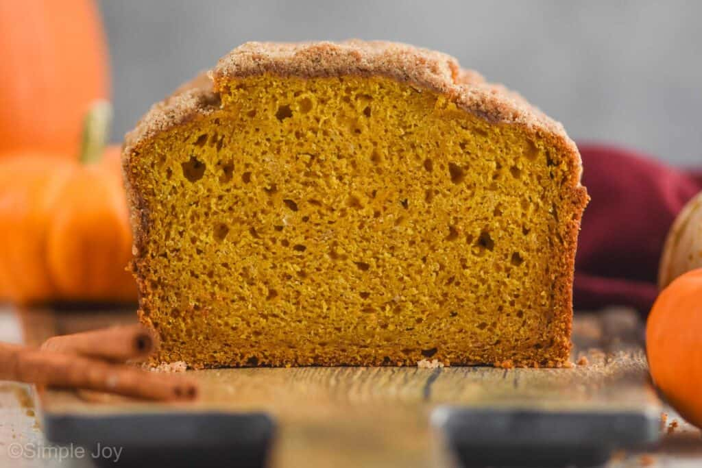 front on view of pumpkin bread that has been sliced into