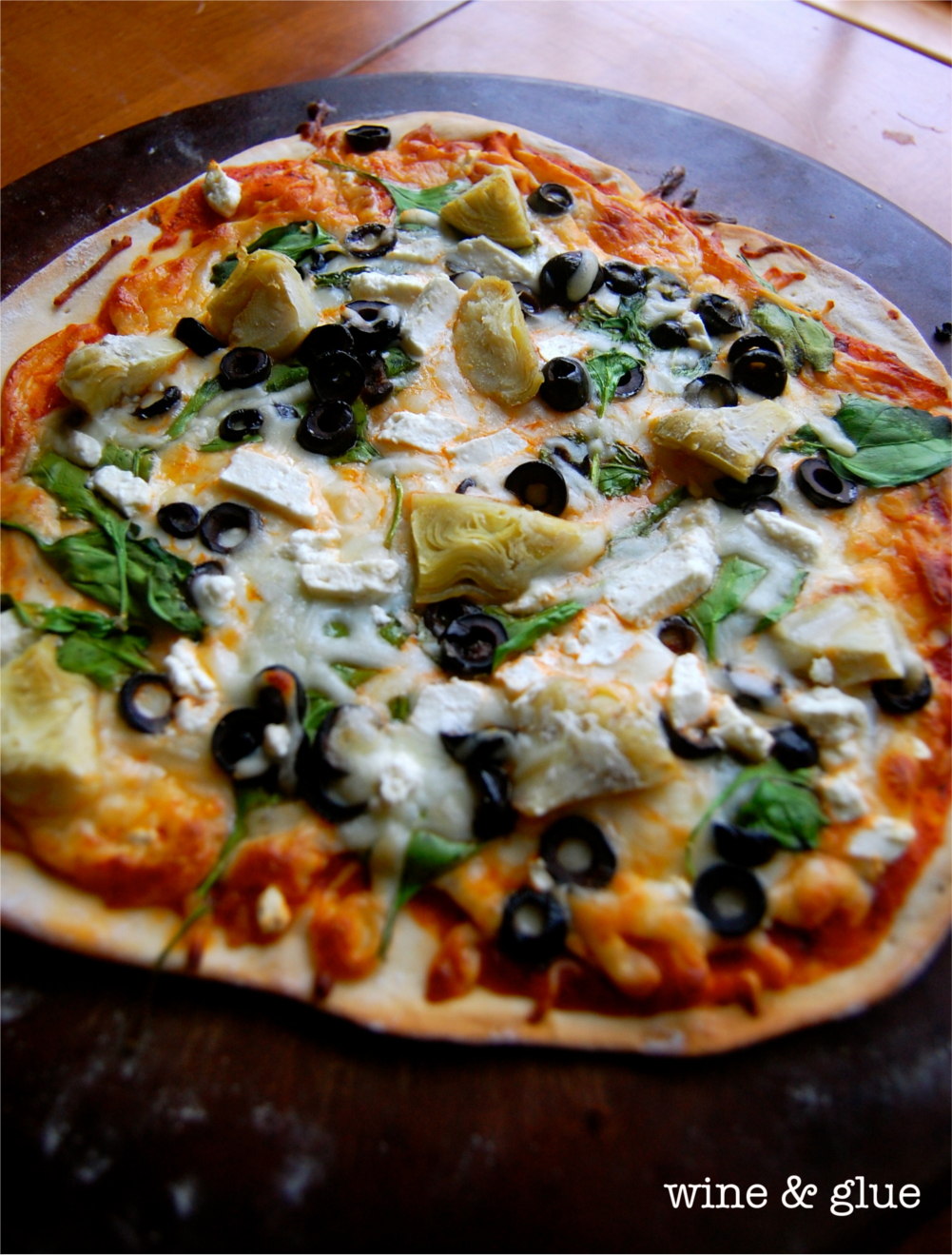 Deliciously simple Spinach Artichoke Pizza with an easy crust recipe ...