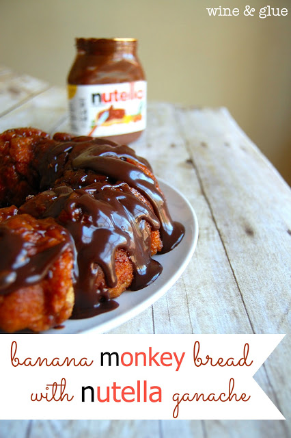 Banana Monkey Bread with Nutella Ganache | www.wineandglue.com | Delicious monkey bread with the taste of banana, smothered with a rich Nutella ganache