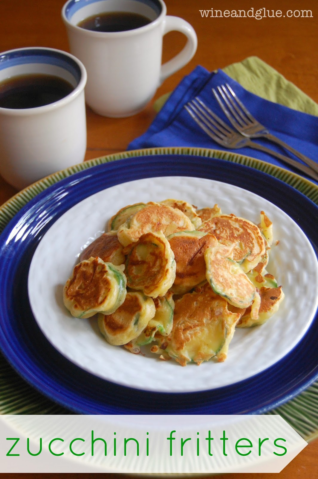 Zucchini Fritters, the perfect breakfast to share, so delicious they ...